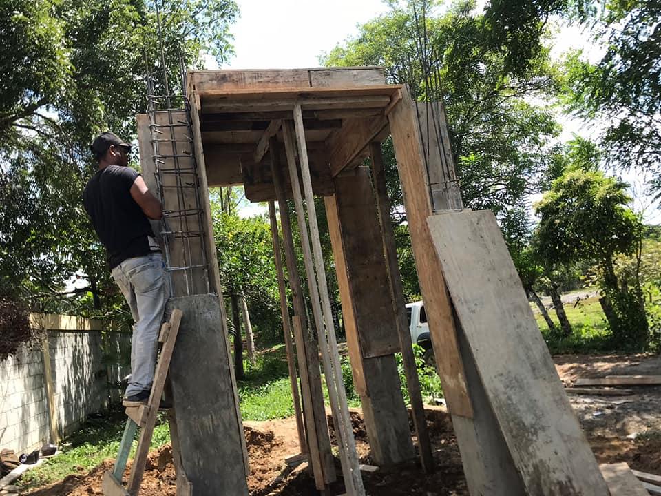 Alcalde Manuel Pantalio beneficiará a más de 240 familias con mini acueducto en Anton Sánchez, Bayaguana